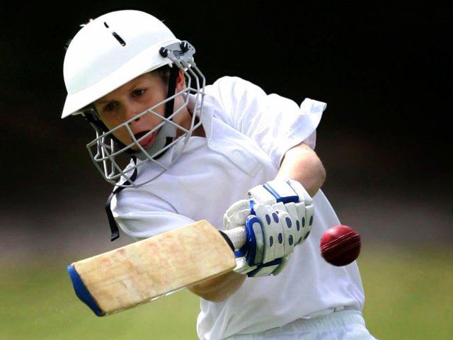 Schulfahrt England: Programm in London - Cricket-Training