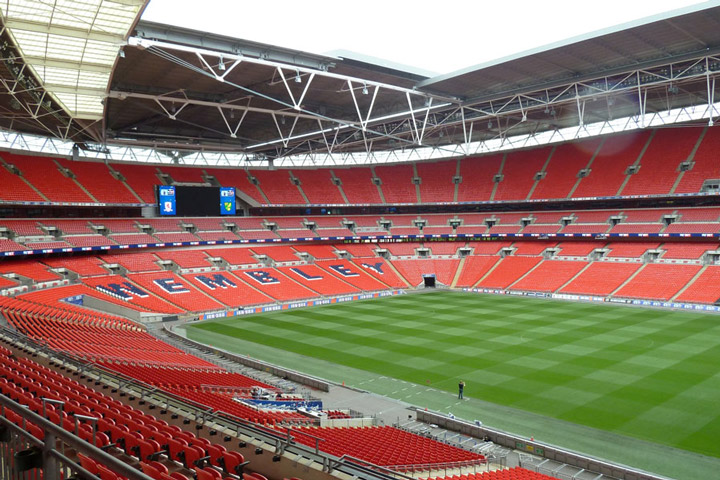 Schulfahrt England: Programm in London - Wembley Stadiontour