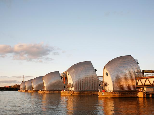 London Berufsschulen - Berufsfeld Technik: Themse Sperrwerk